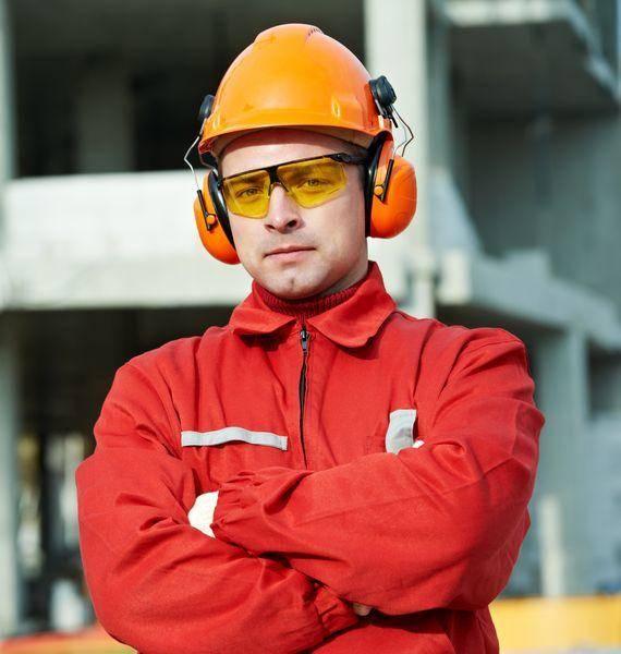 Dolgozói juttatások, munkavédelem
